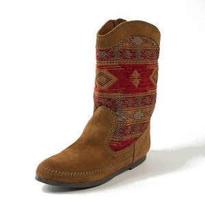 1573 Minnetonka Moccasins - Women's Baja Boot - Brown Suede with Patterned Shaft